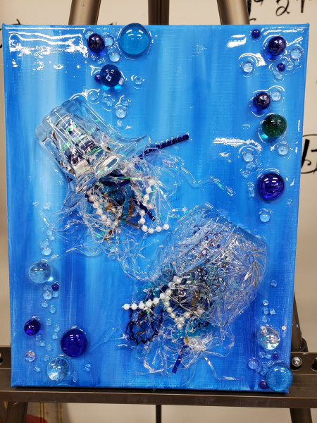 Jelly fish made of glass