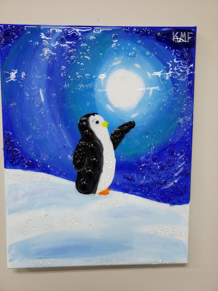 Xcelent Guest Creation - Penguin in the Snow