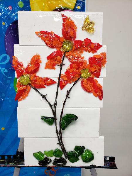 Xcelent Guest Creation - red flower