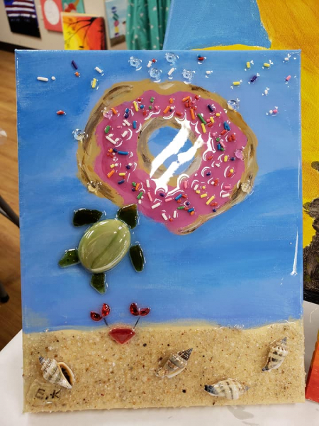 Xcelent Guest Creation - Turtle and donut