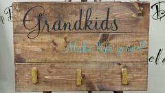 Grandkids Make life Grand (10x19)
